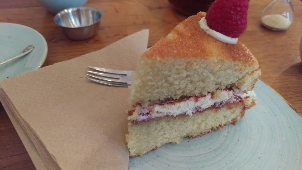 strumpets-cake